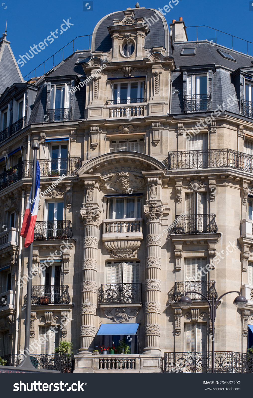 Typical Design Of Parisian Architecture. The Facade Of ... - photo#12