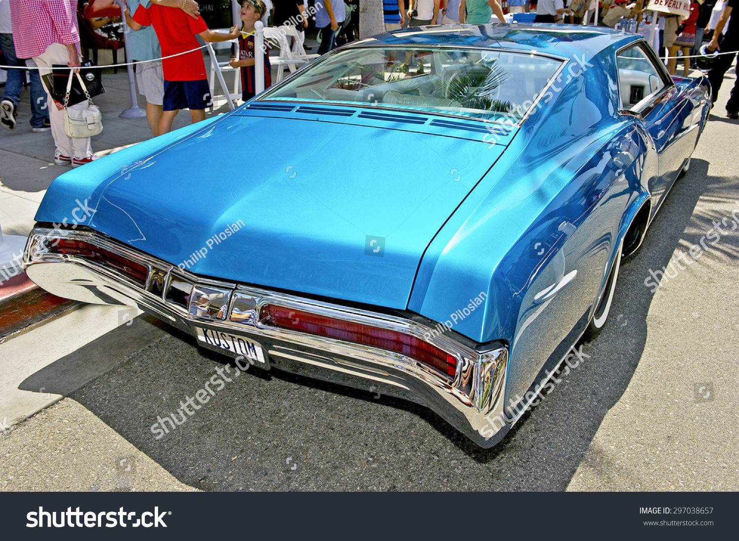 Beverly Hills California June 21 2015 Stock Photo Edit Now 1950s And 1960s Buick Riviera 1968 Custom The