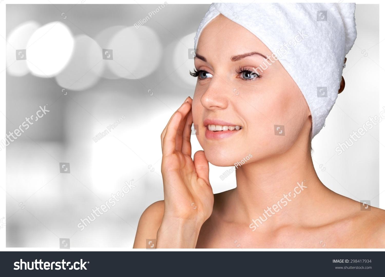 Microdermabrasion facial regimen
