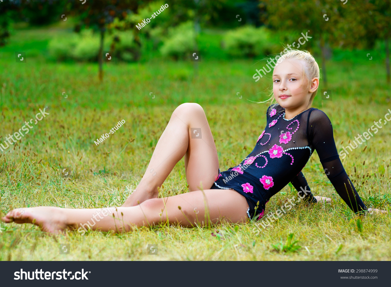 Young Model Gril Images Usseek Com