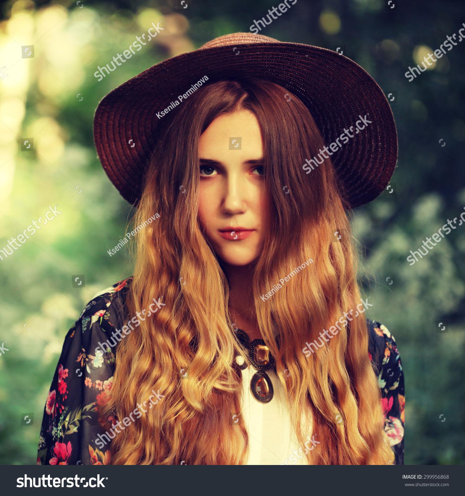 Fashion Portrait Of Beautiful Hippie Young Woman Wearing ...