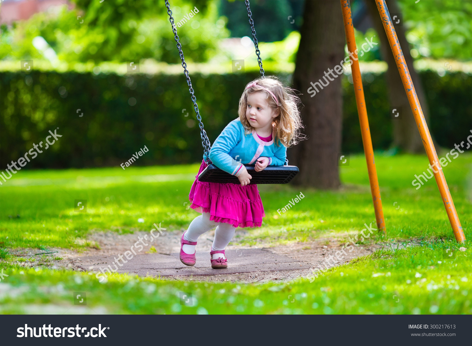 Little girls playground images for Childrens play yard
