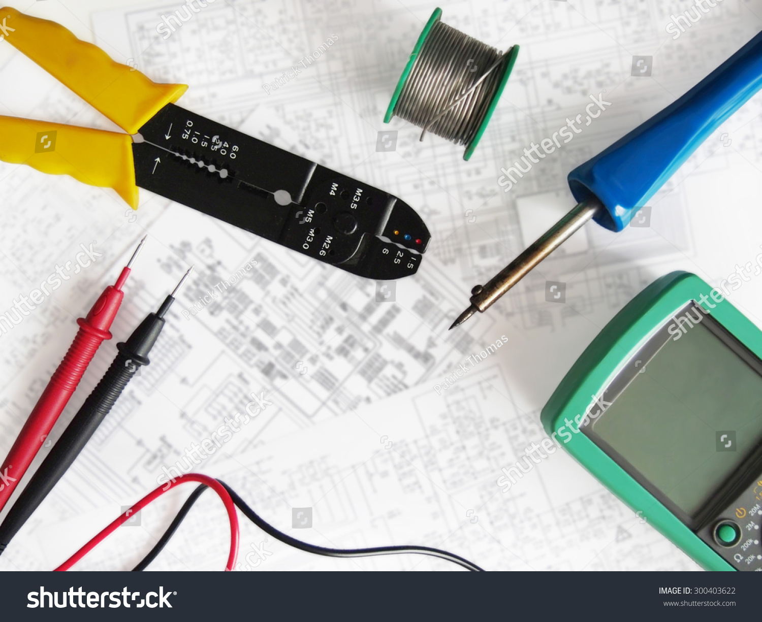 electronic red background wiring - photo #39