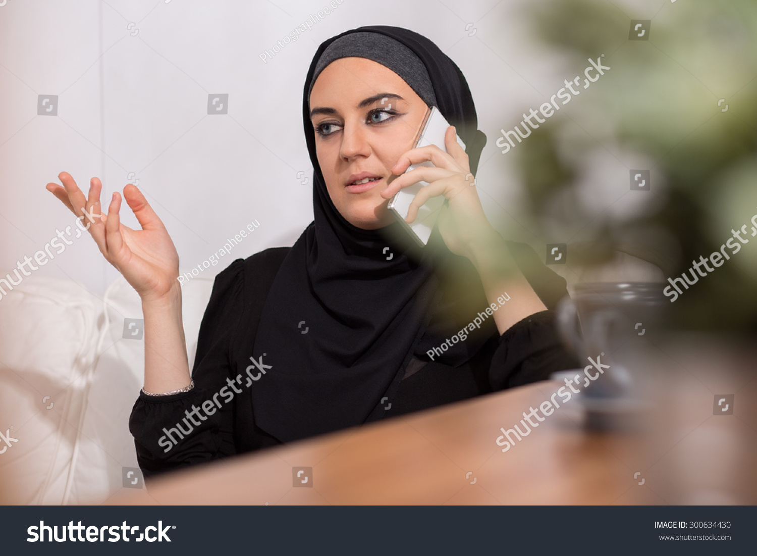 mobile single muslim girls 7 reasons to date a muslim girl hesse kassel april 12  more generally there is a perception that dating a muslim girl is a one way trip to a starring role in some.