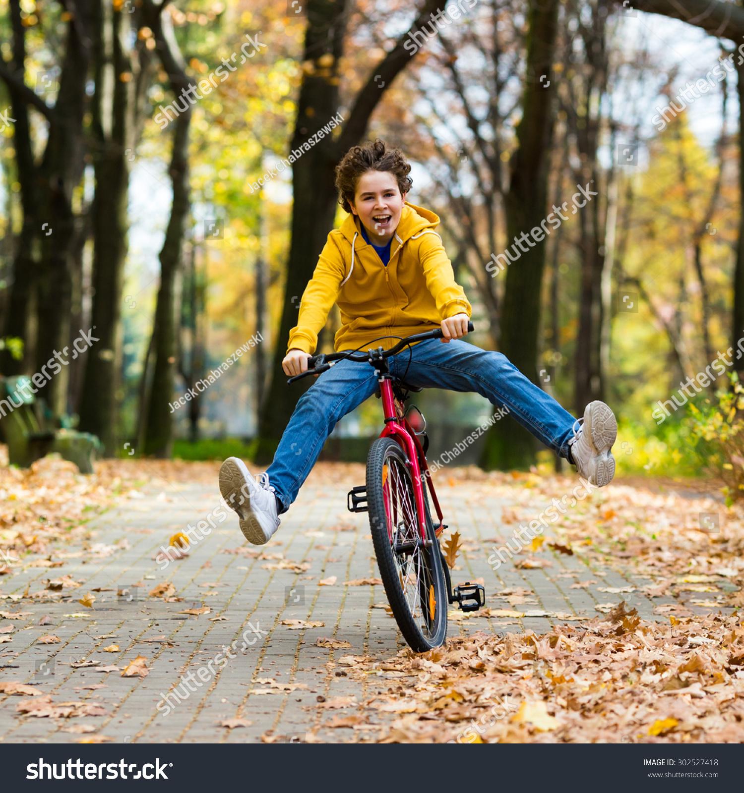 Urban Biking Teenage Boy Riding Bike Stock Photo 302527418