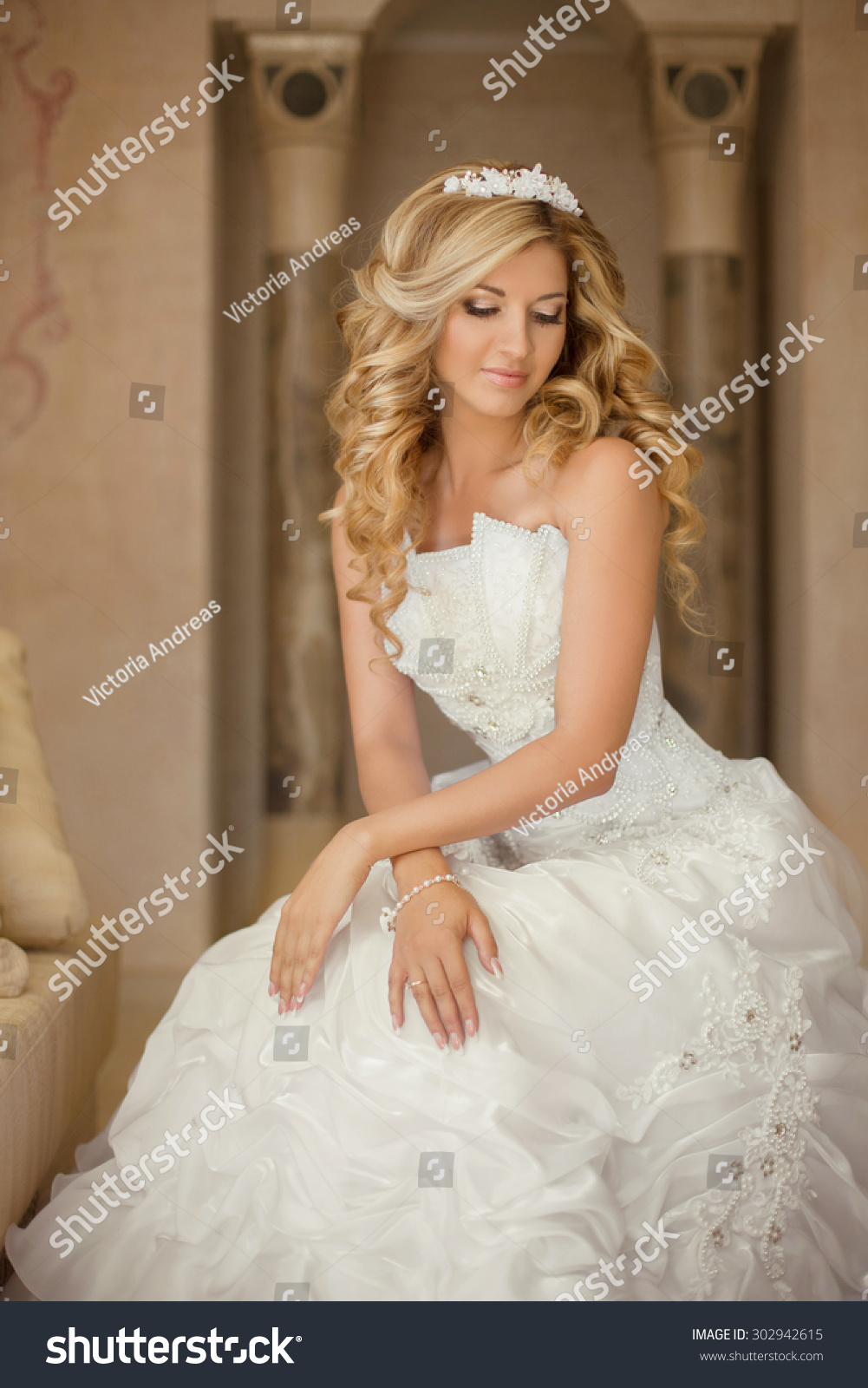 Attractive Young Bride Woman Wedding Dress Stock Photo Edit Now 302942615