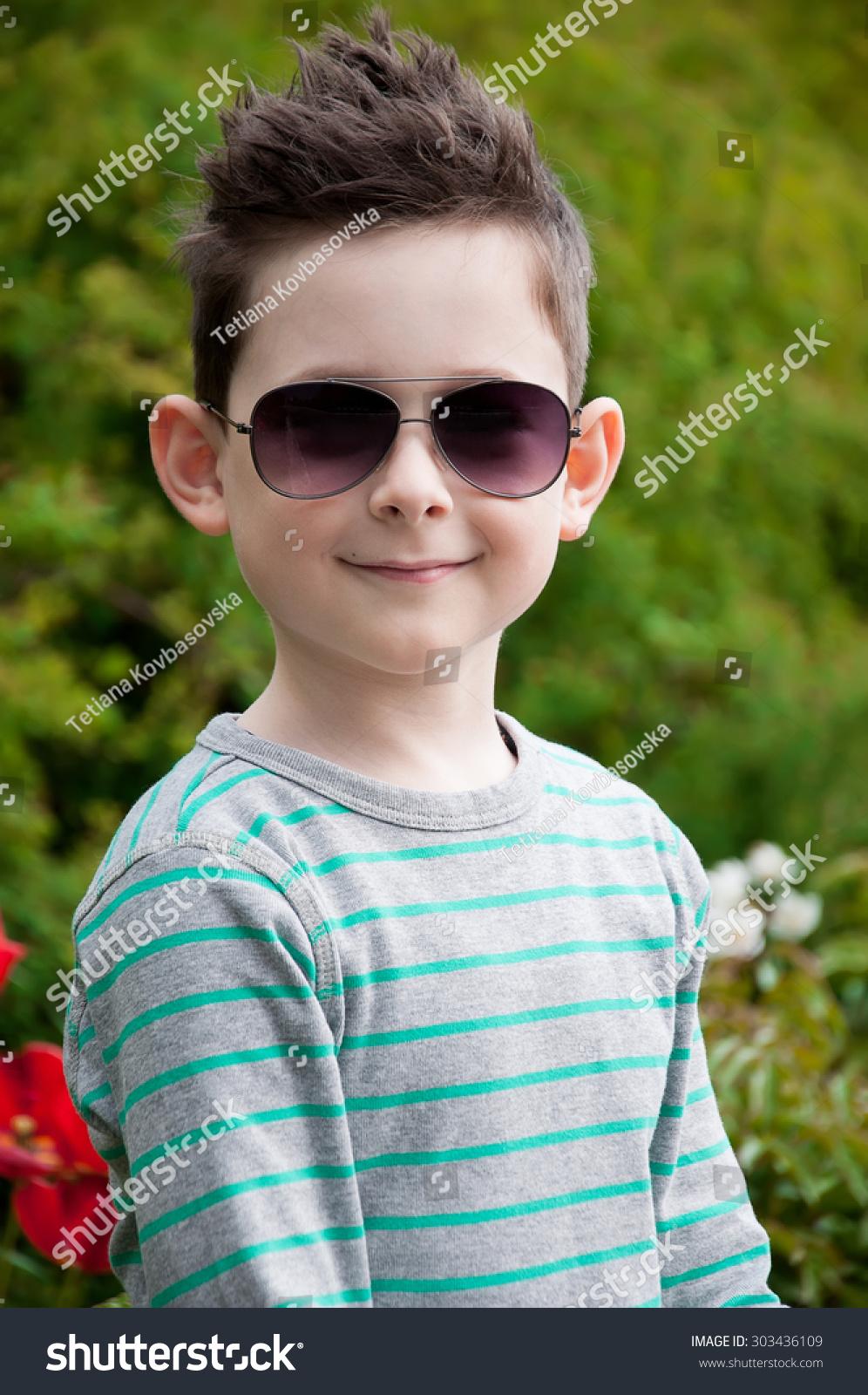 Look - Baby stylish boy photo video