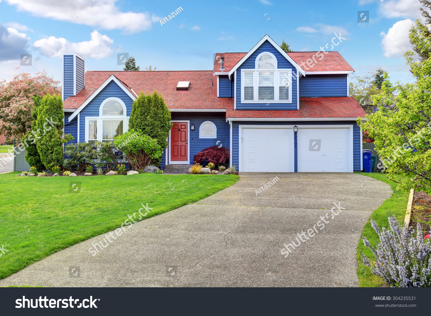 Large blue house white trim well stock photo 304235531 - White house with blue trim ...