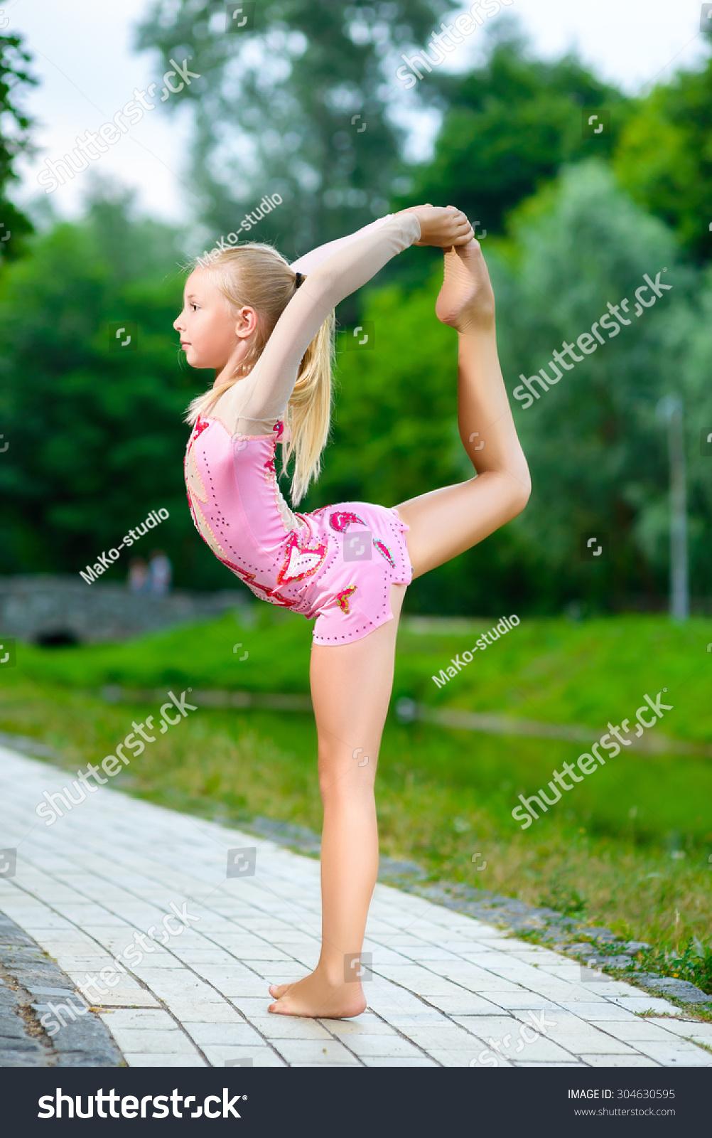 Flexible Gymnastic Nude 36