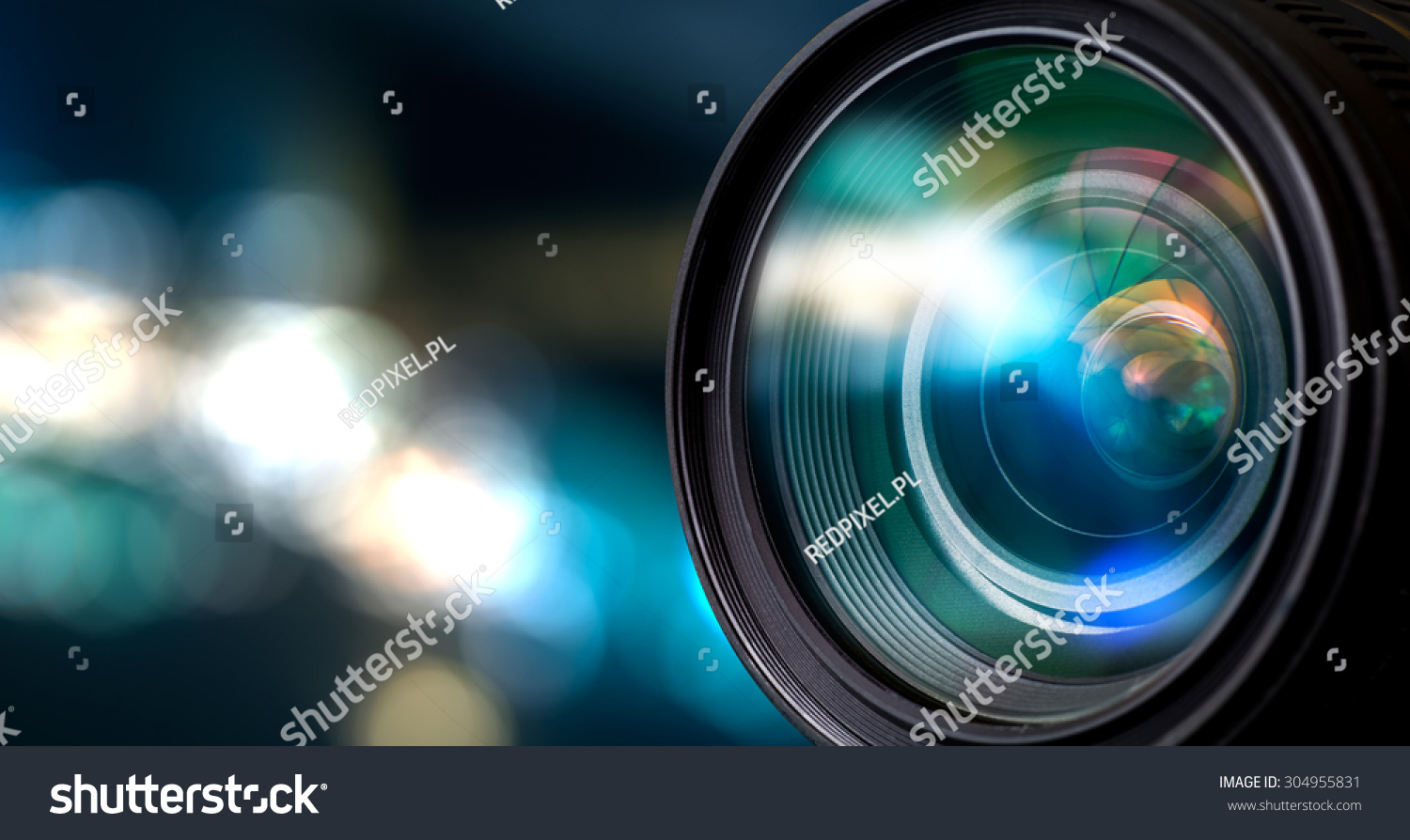 Camera Lens With Lense Reflections. 스톡 사진 304955831 ... Video Camera Lens Reflection