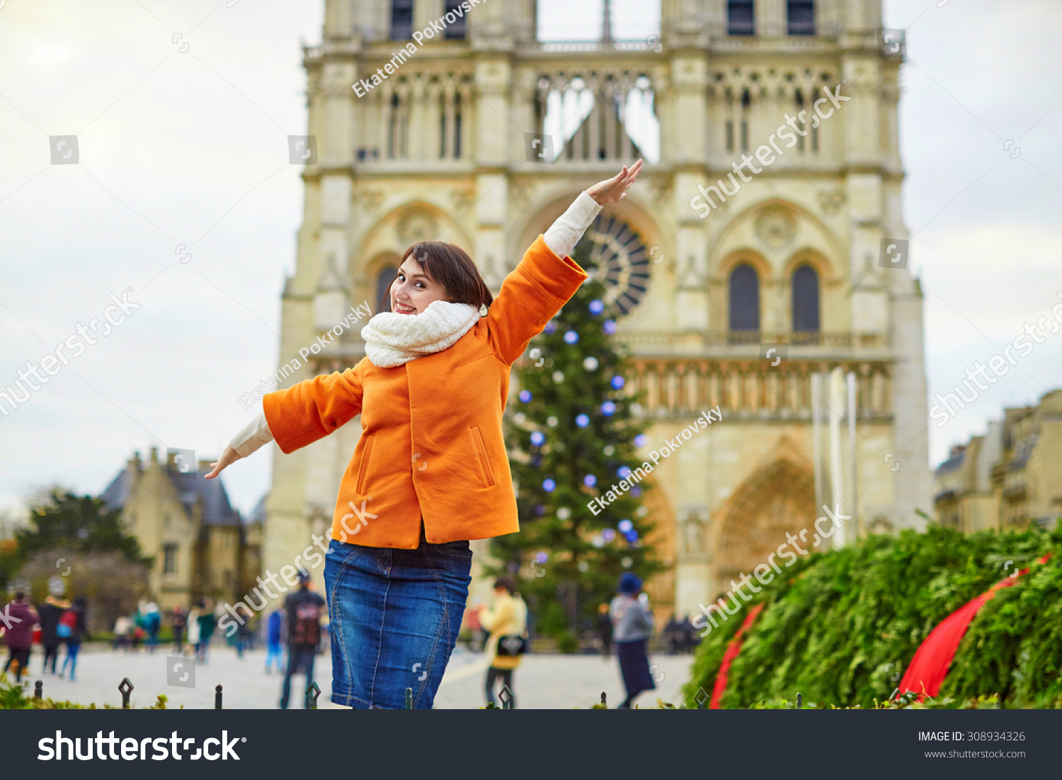 Happy Young Tourist Paris On Winter Stock Photo 308934326 ...