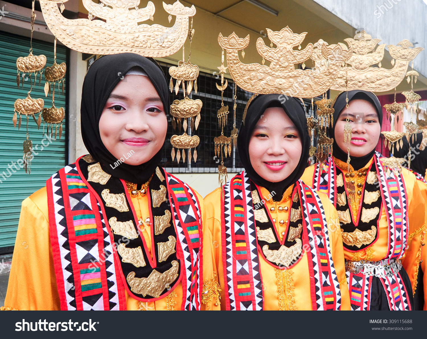 Kota Belud Malaysia  City new picture : Kota Belud Sabah Malaysia August 23, 2015:Bajau ladies in traditional ...