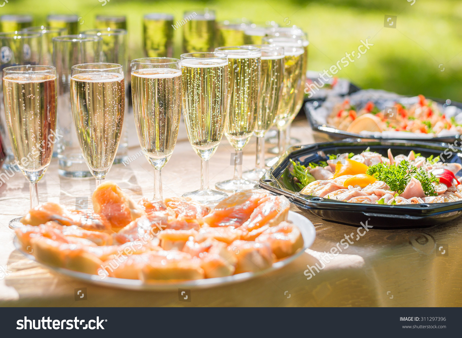 wedding party buffet champagne canape sandwiches zdj cie stockowe 311297396 shutterstock. Black Bedroom Furniture Sets. Home Design Ideas