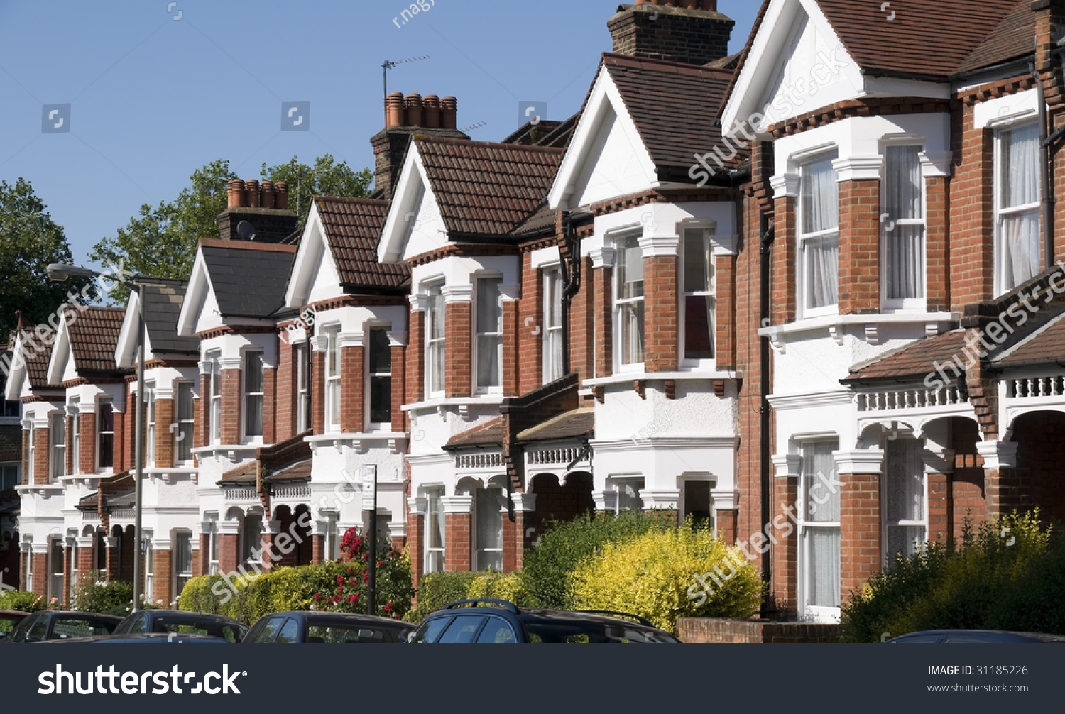 English homes row of typical english terraced houses at for Terrace house 1