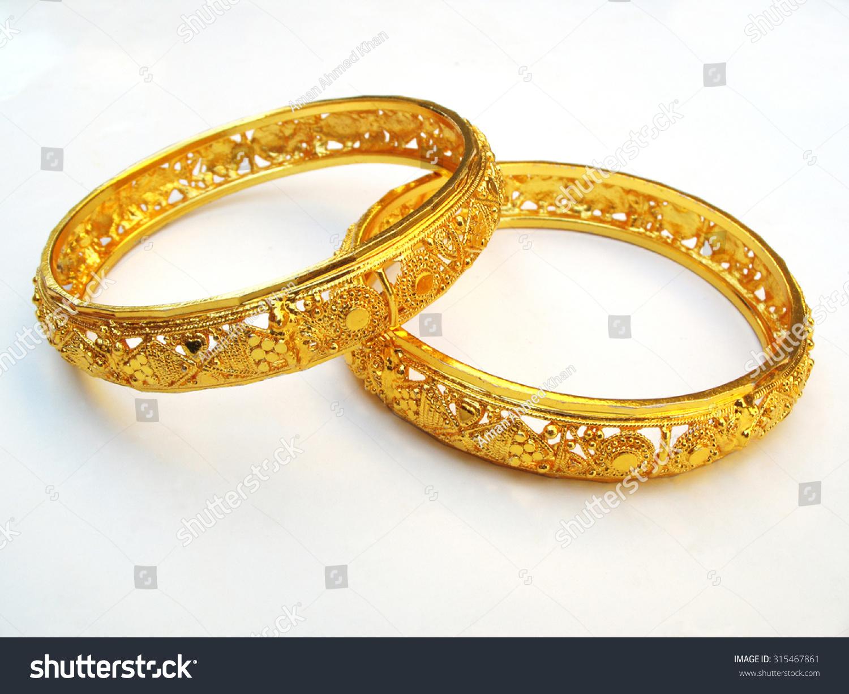Gold Bangle Valentine Gift Stock Photo 315467861 - Shutterstock