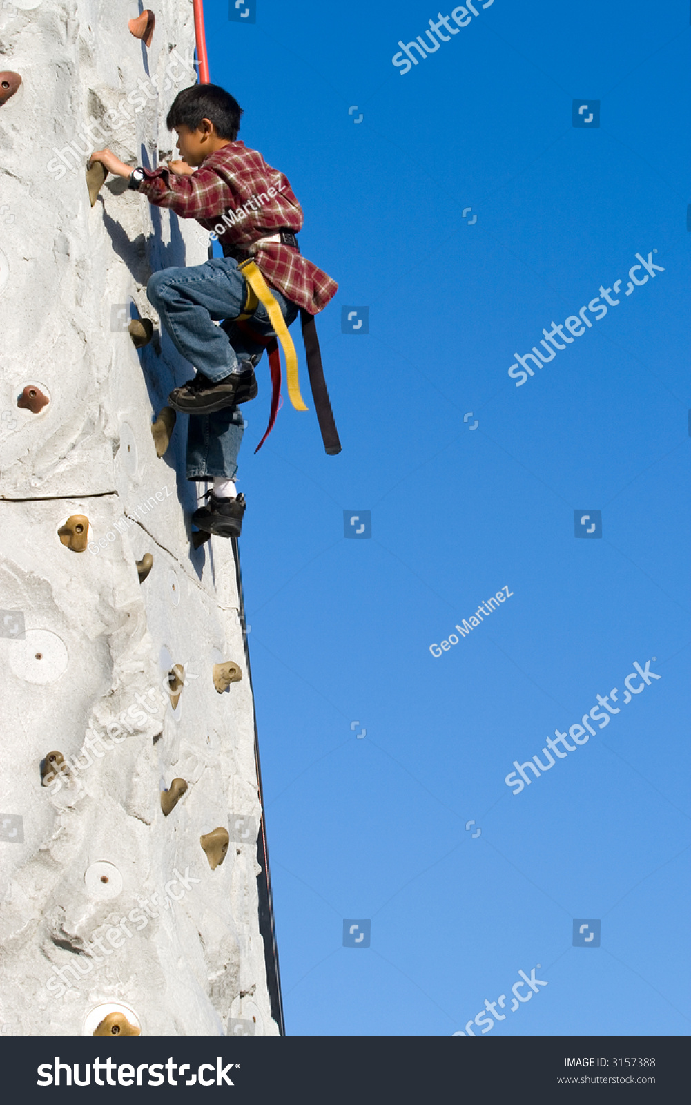 how to build a rock climbing wall outside