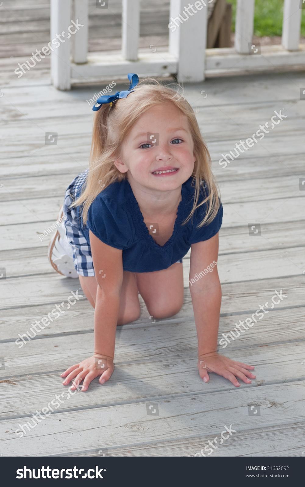 Teen Knees 40