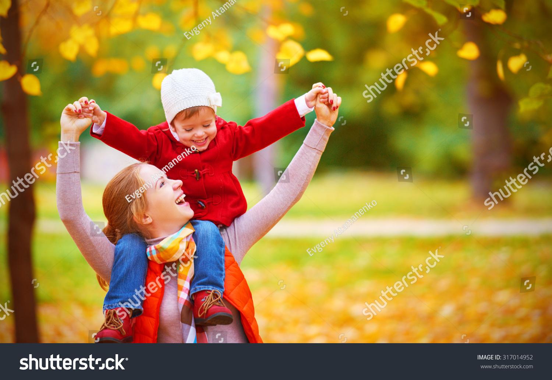 Семья мать и дочь приглашают на лето 16 фотография