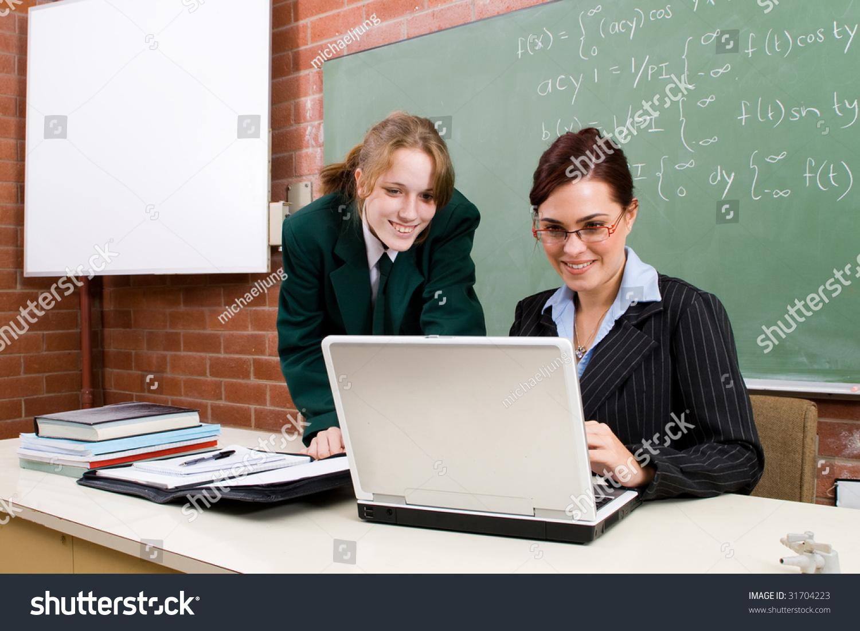 Учитель и ученица дома 13 фотография