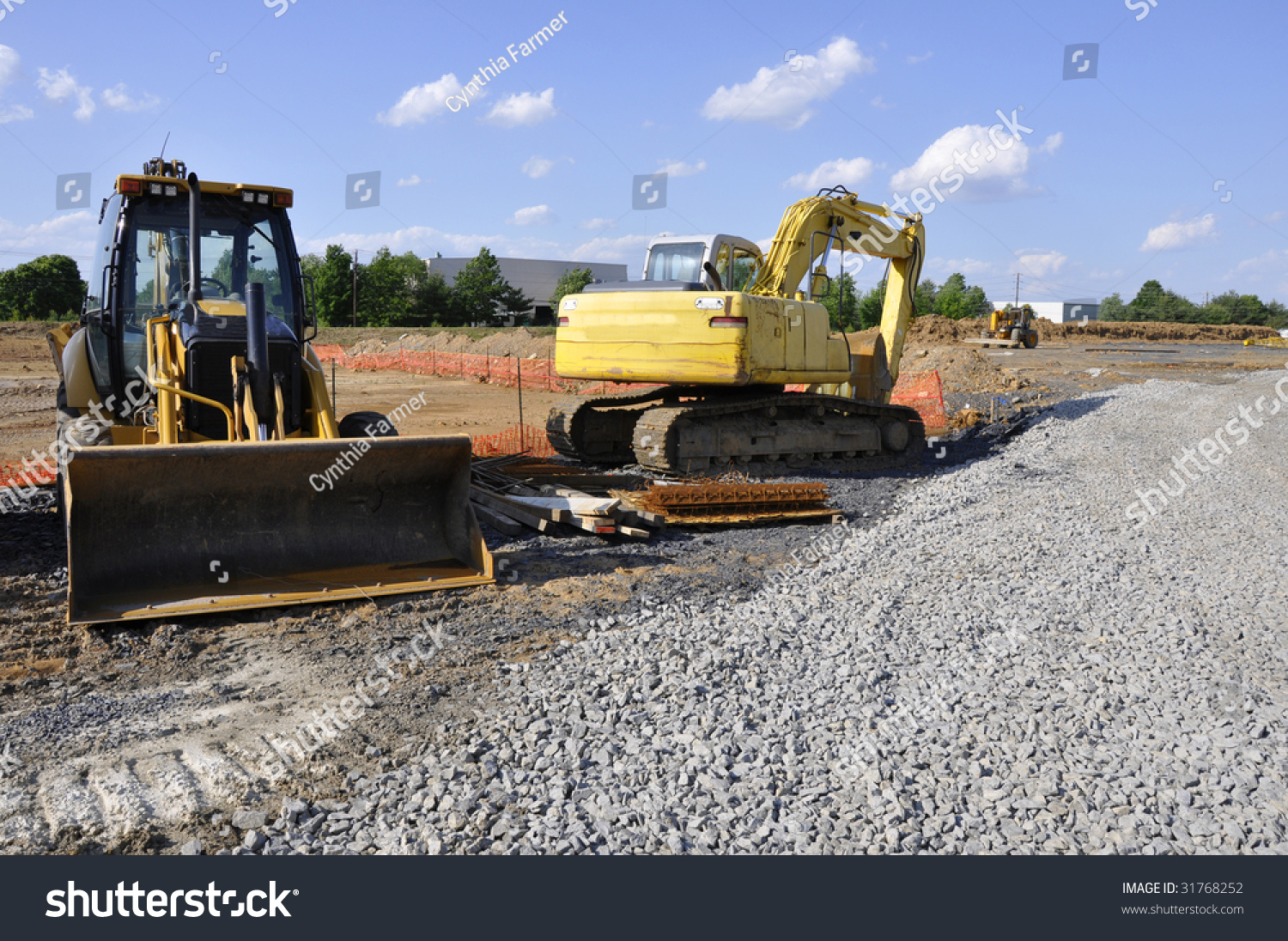 Heavy Duty Construction : Heavy duty construction equipment at a site