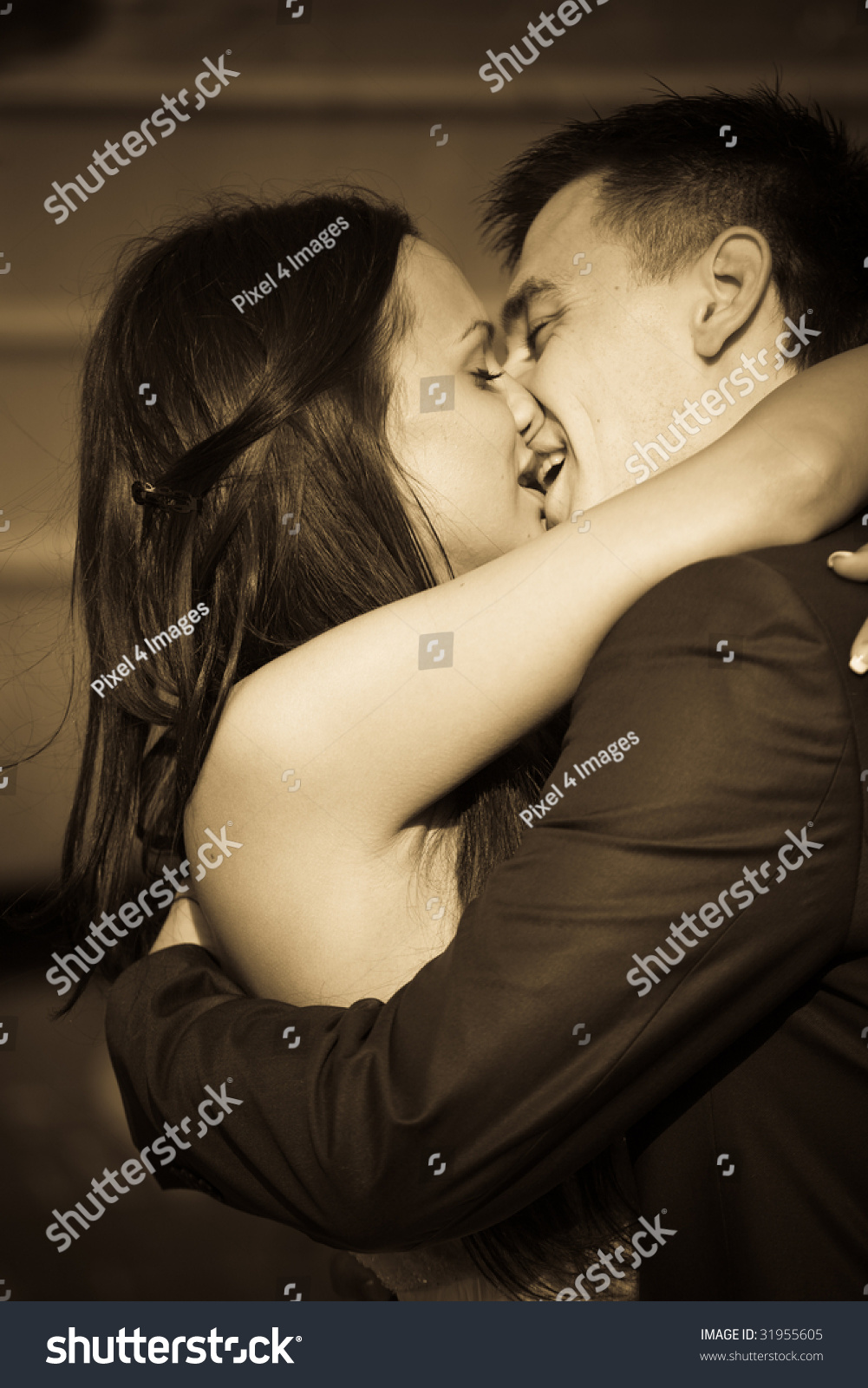 new husband wife kissing romantic hug stock photo & image (royalty