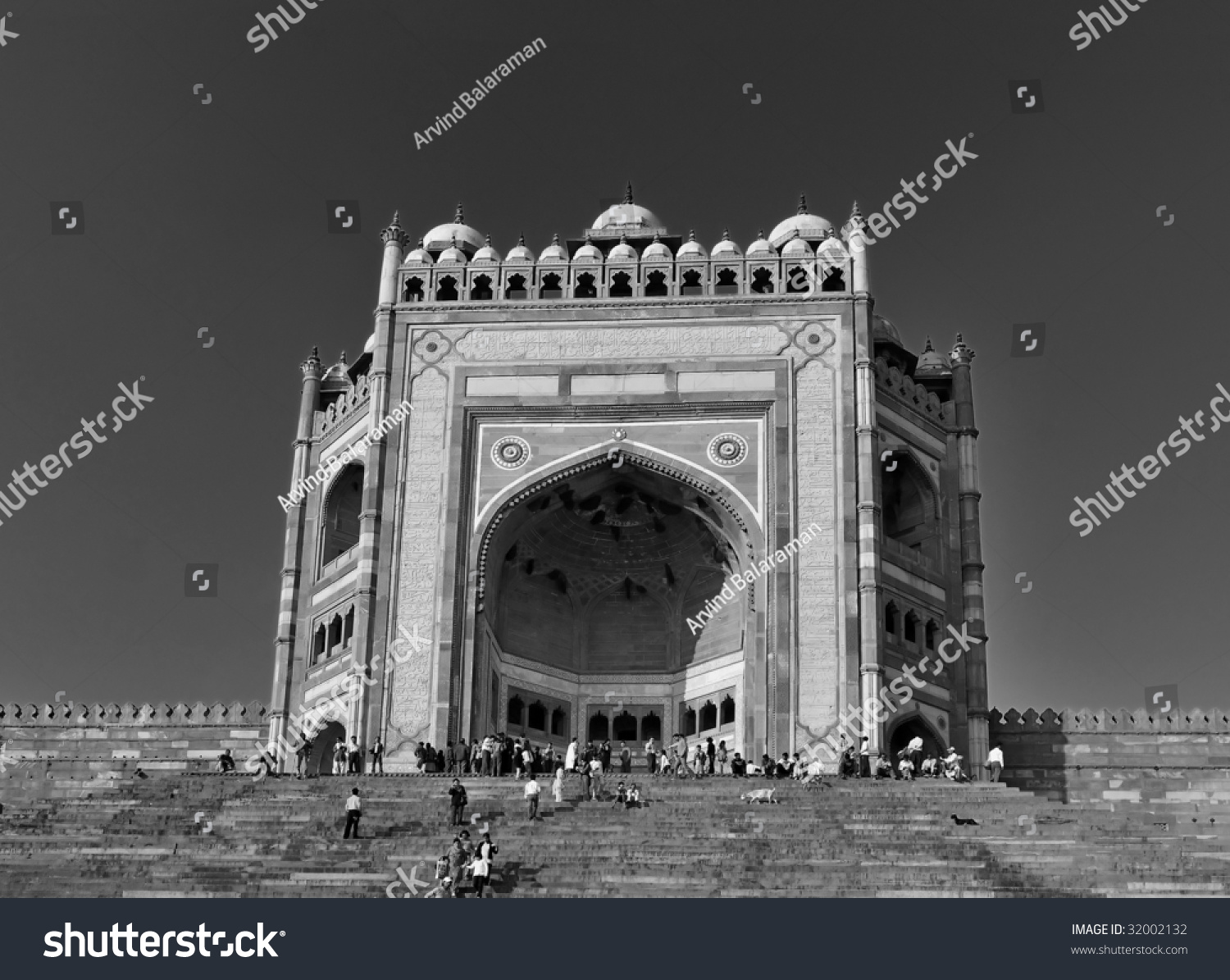 biggest gate in the continent of asia stock photo 32002132 shutterstock. Black Bedroom Furniture Sets. Home Design Ideas