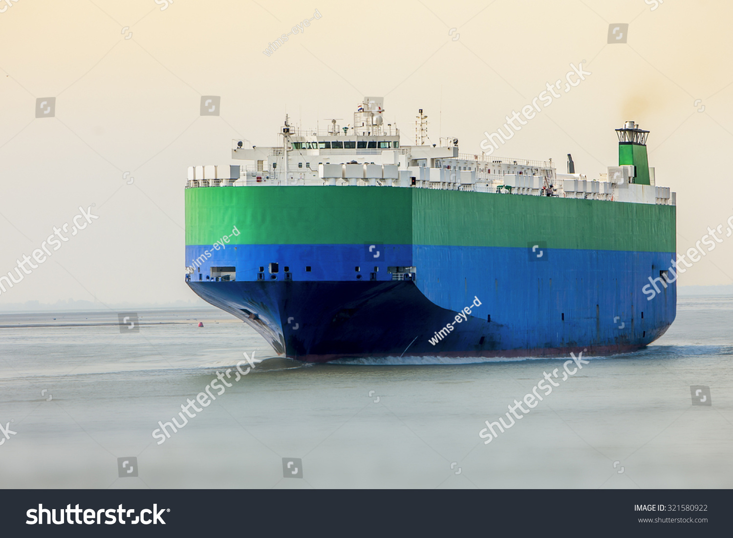 large roro carrier ship import overseas stock photo 321580922 shutterstock. Black Bedroom Furniture Sets. Home Design Ideas