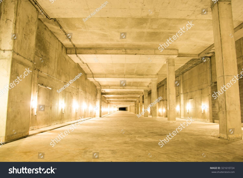 Royalty-free Empty industrial garage room interior… #321610724 Stock ...