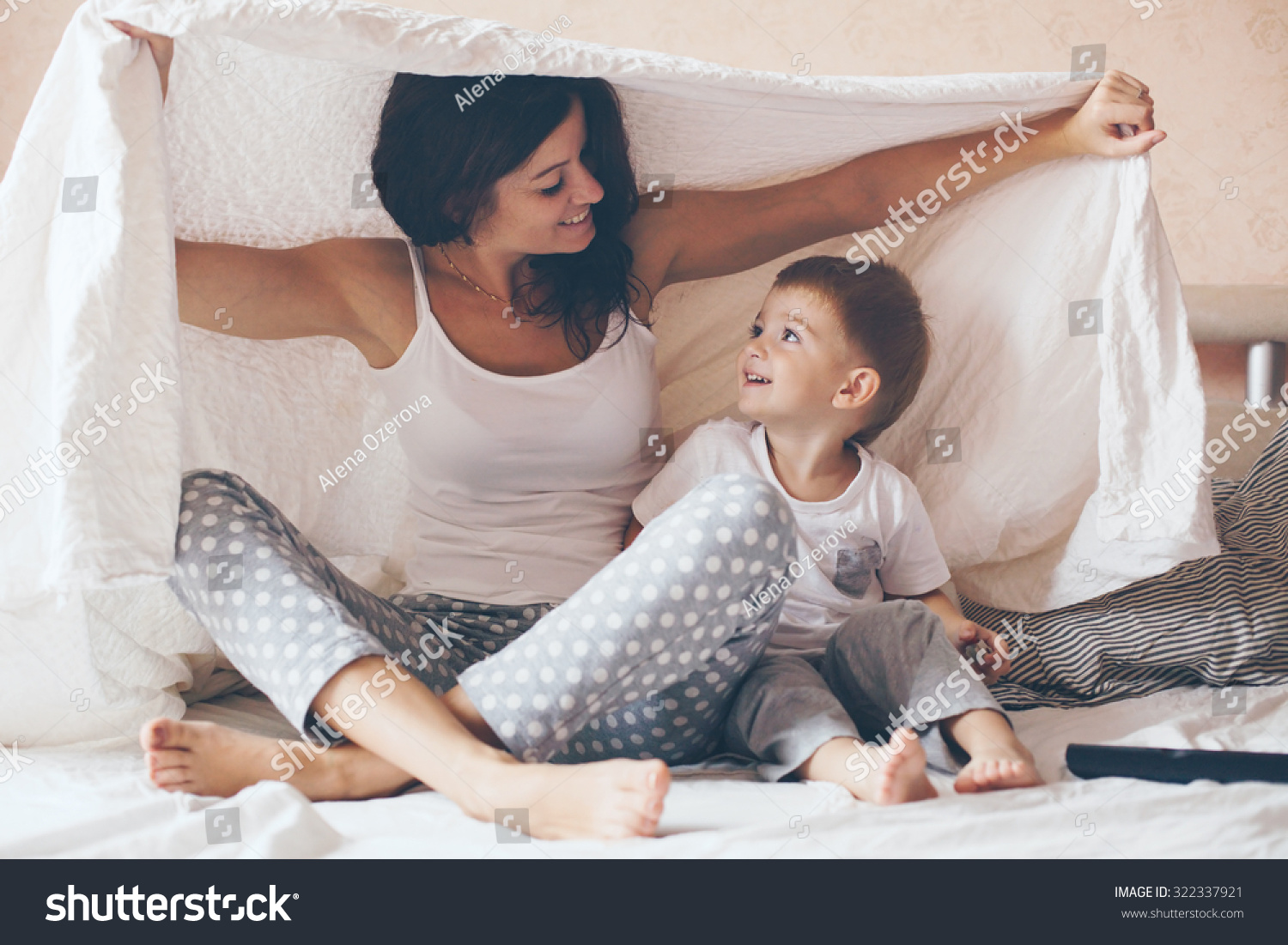 young mother her 2 years old stock photo 322337921 shutterstock. Black Bedroom Furniture Sets. Home Design Ideas