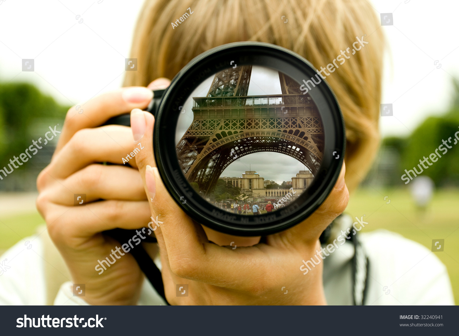 Eiffel Tower Reflection In Camera Lens With Blurred Woman Face Stock ... Video Camera Lens Reflection