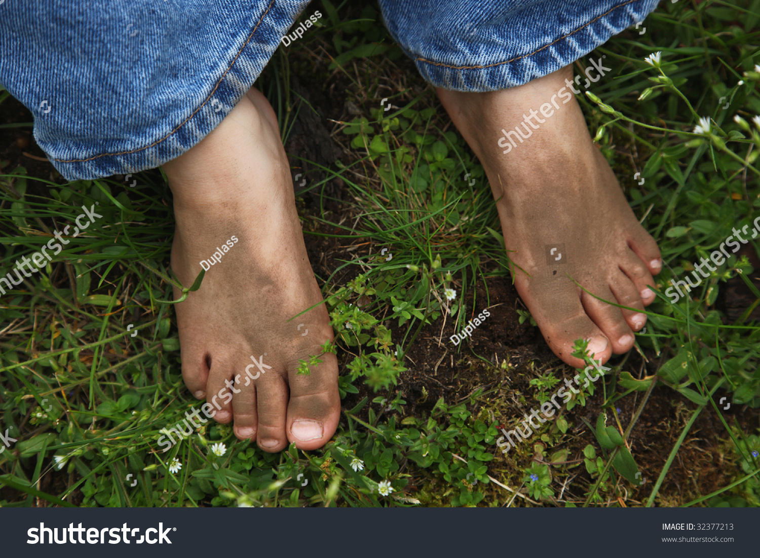 naked girl with dirty toes
