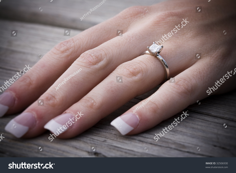 Left Hand Engagement Ring Stock Photo 32506930