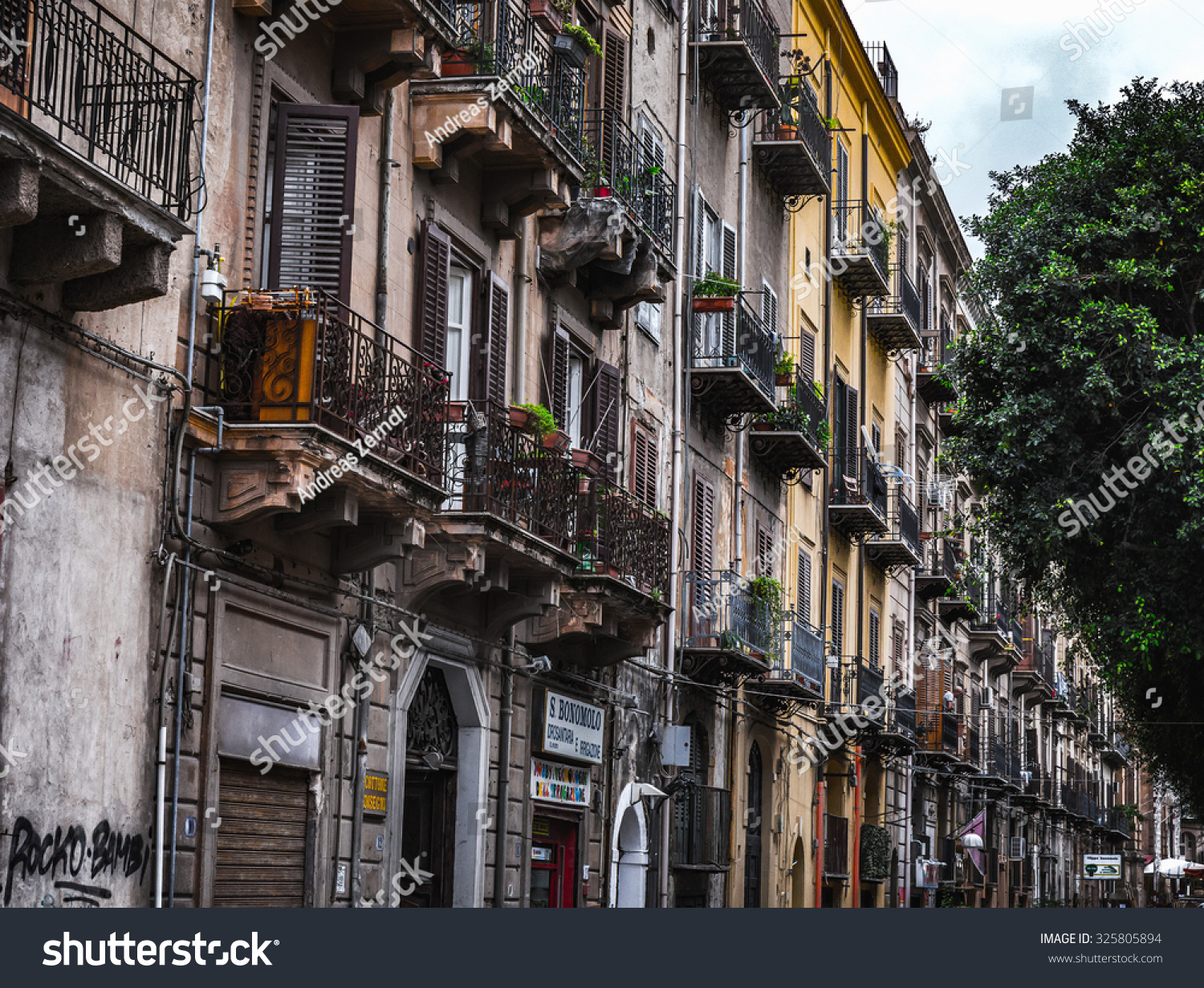 PALERMO ITALY OCTOBER 10 2015 Houses Stock Photo (Edit Now ...
