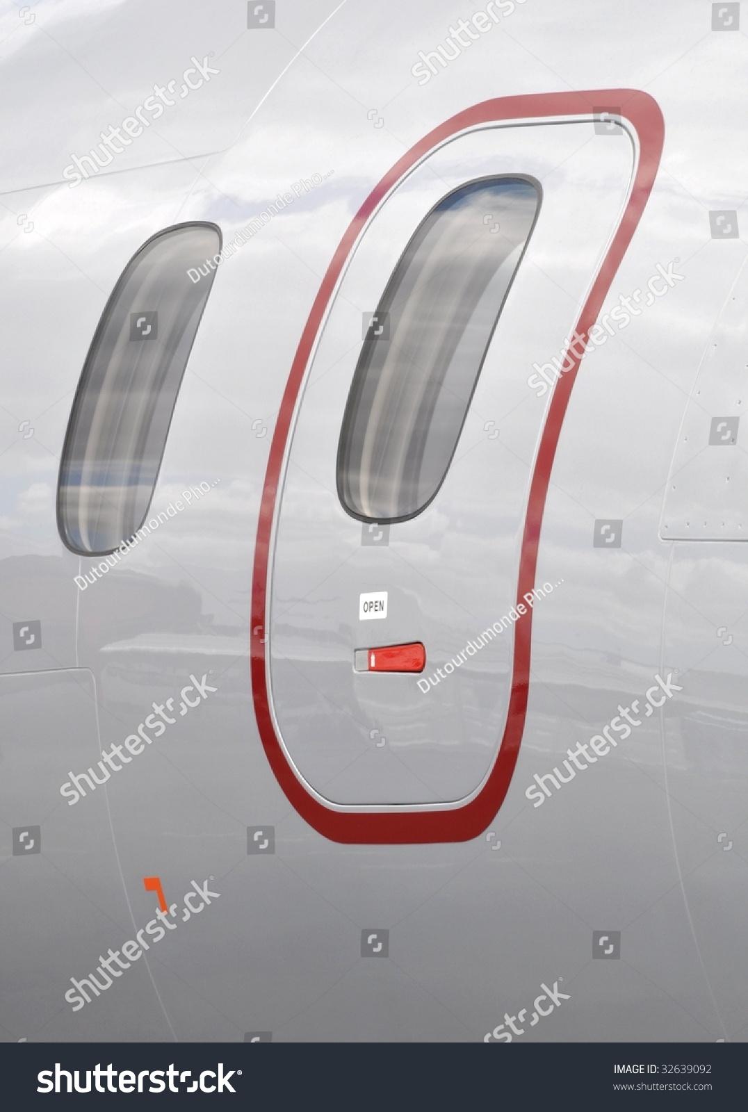 Airplane door & Airplane Door Stock Photo 32639092 - Shutterstock Pezcame.Com