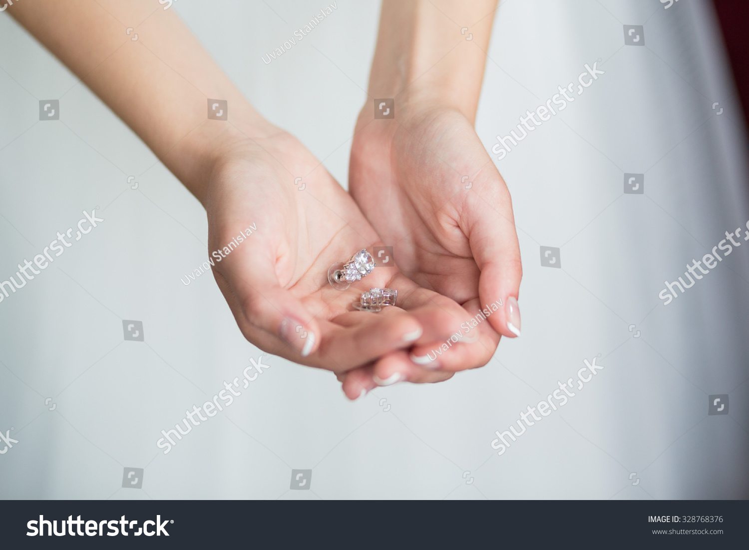 Newly wed couple\'s hands with wedding rings | EZ Canvas