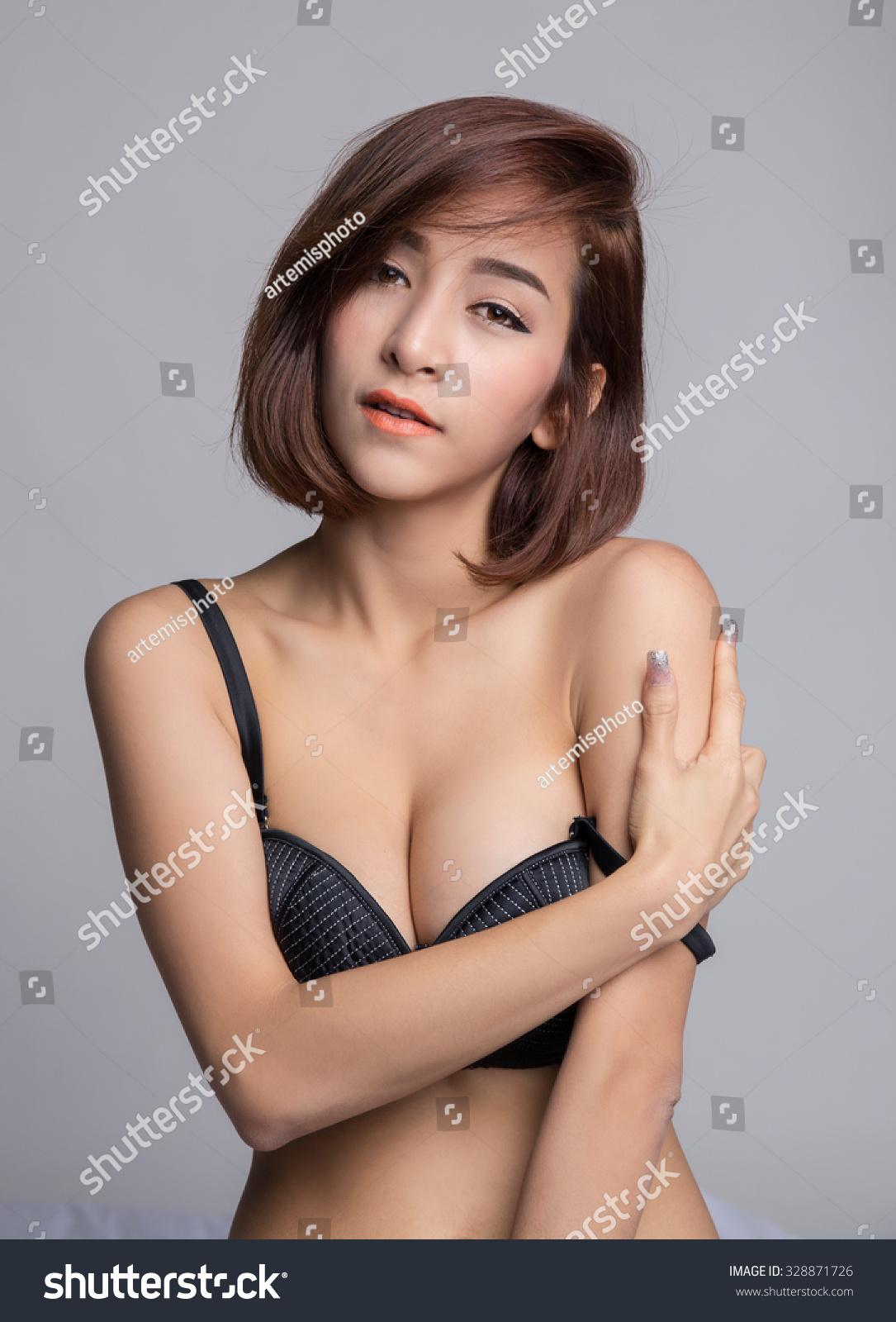 Asian Big Cleavage