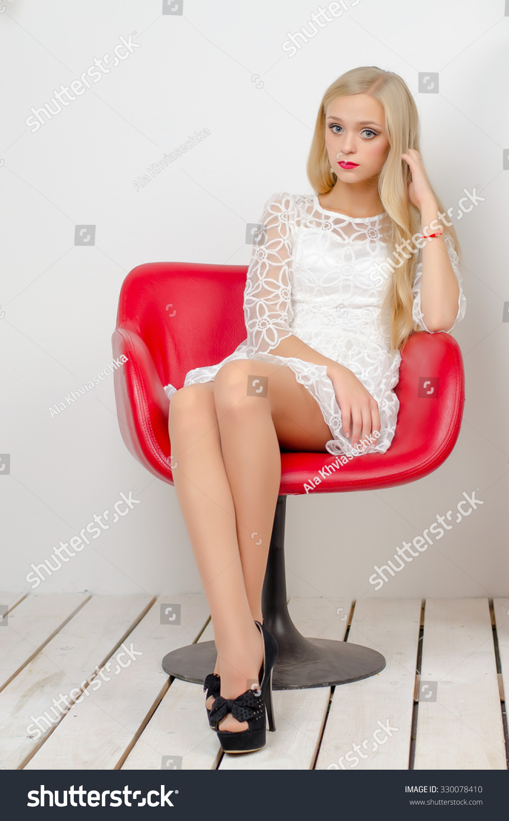 Young girl in heels pics 543