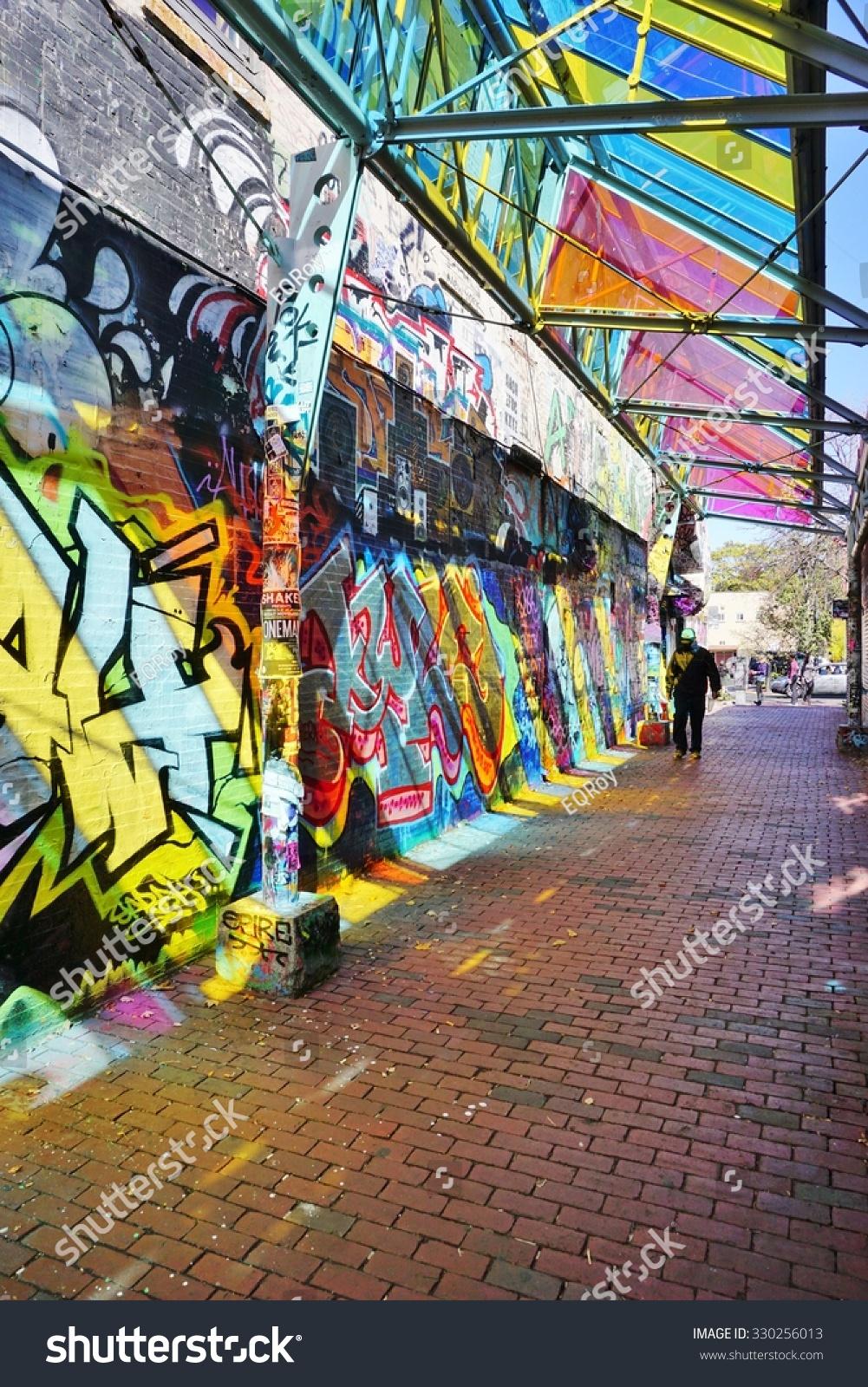 Graffiti wall cambridge ma - Cambridge Ma 16 October 2015 Colorful Graffiti And Mural Street Art In The