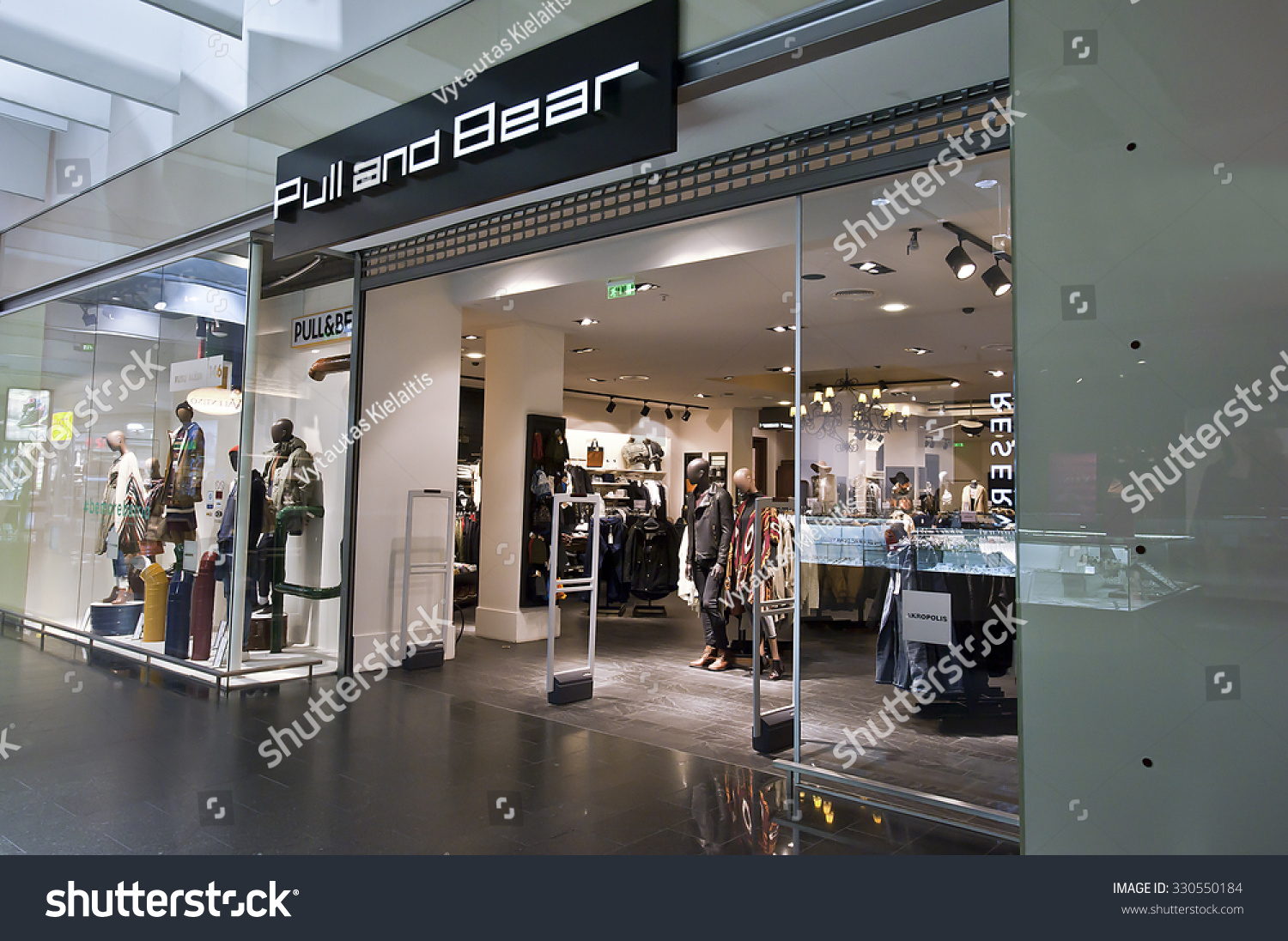 Pull and bear lithuania