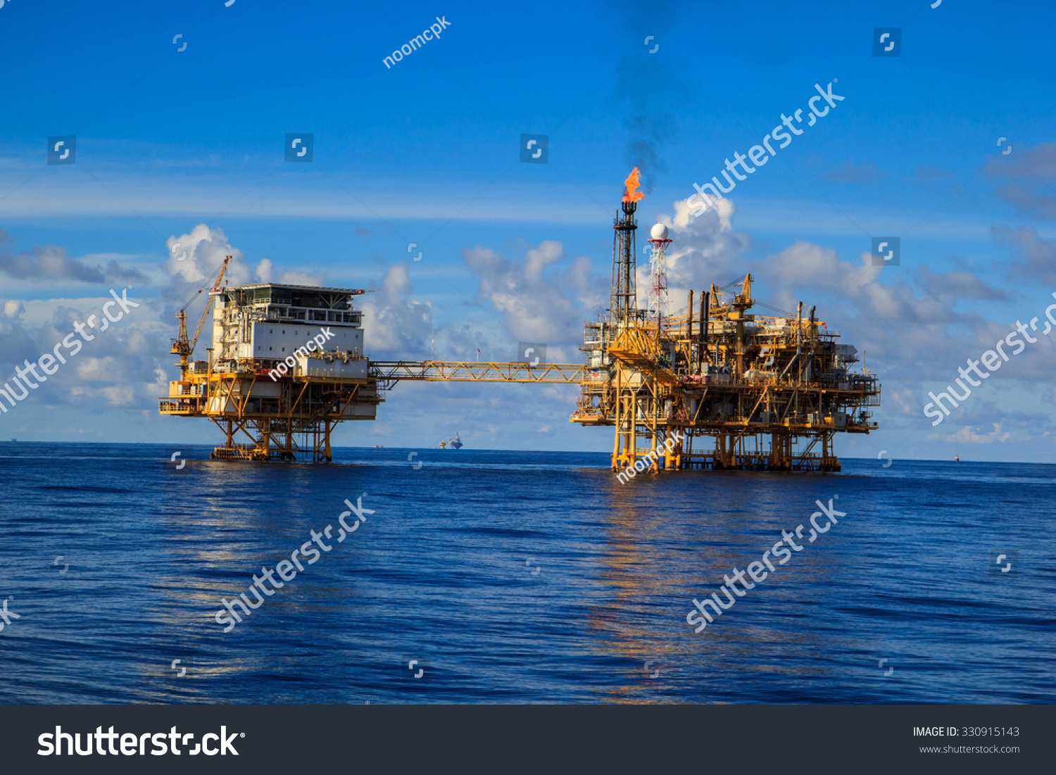 offshore oil and gas industry Spe asia pacific oil & gas conference and exhibition 2018 23/09/2018 - 25/09/2018 as the energy industry adapts to a new status quo operating under sustained low oil prices, there continues to be a need for the industry.