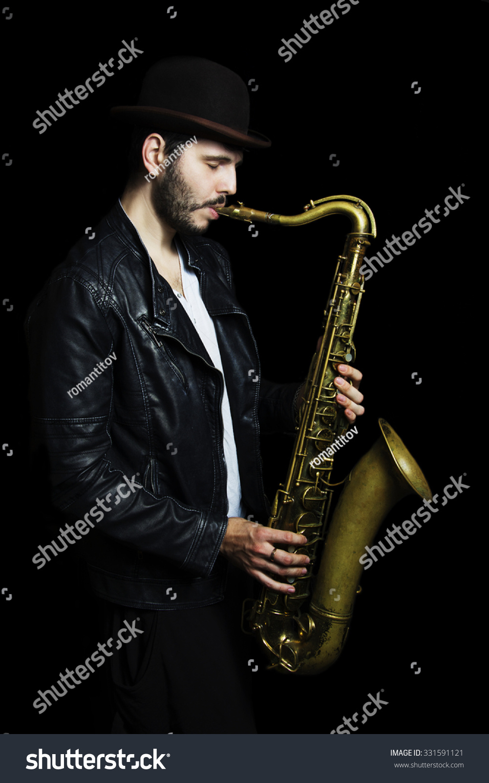 how to become a good saxophone player