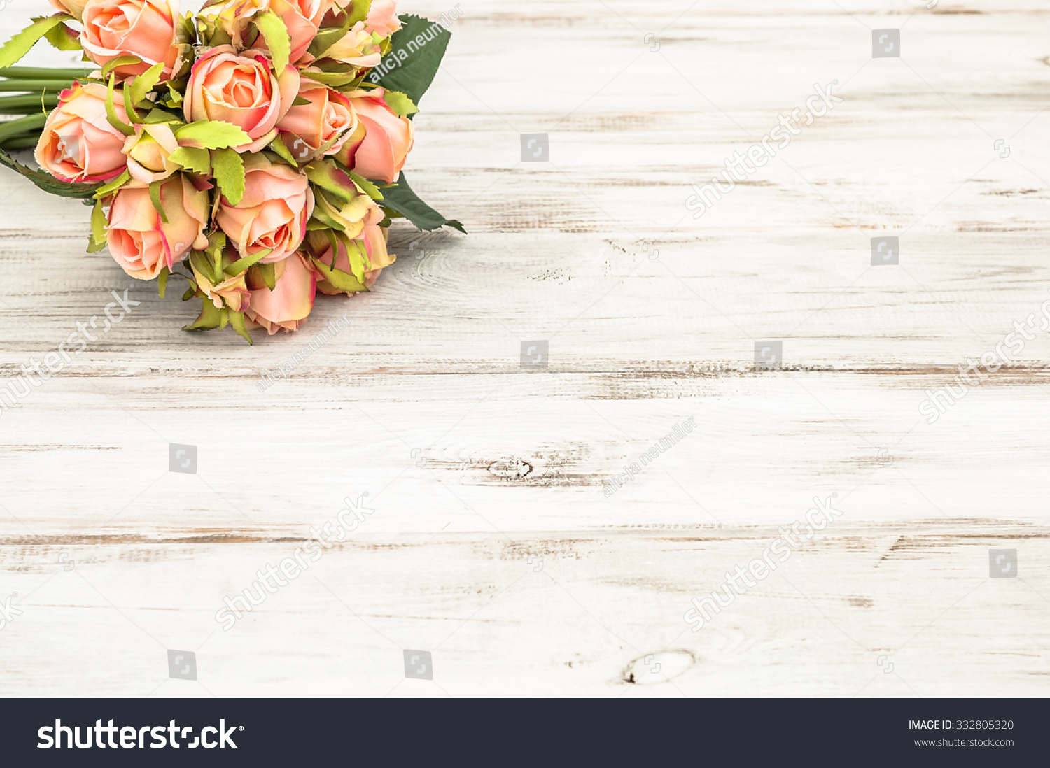 Beautiful Roses On Rustic Wood Background Flowers Backgrounds