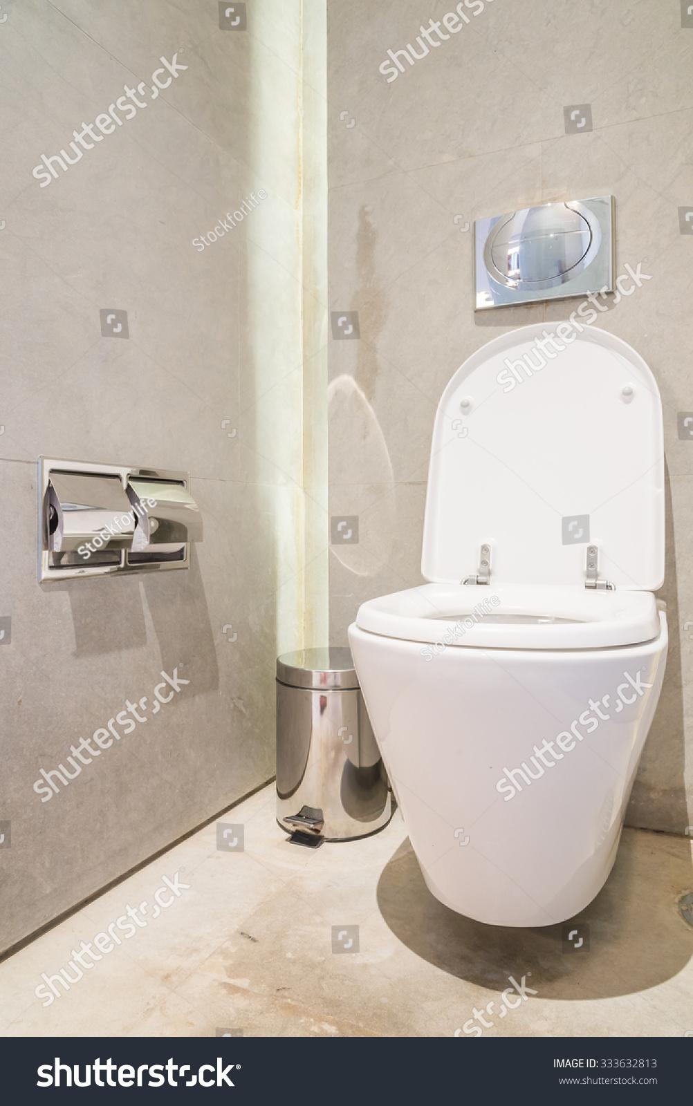 Beautiful Luxury Bathroom Interiors beautiful modern bathroom Beautiful Luxury Bathroom And Toiley Interior