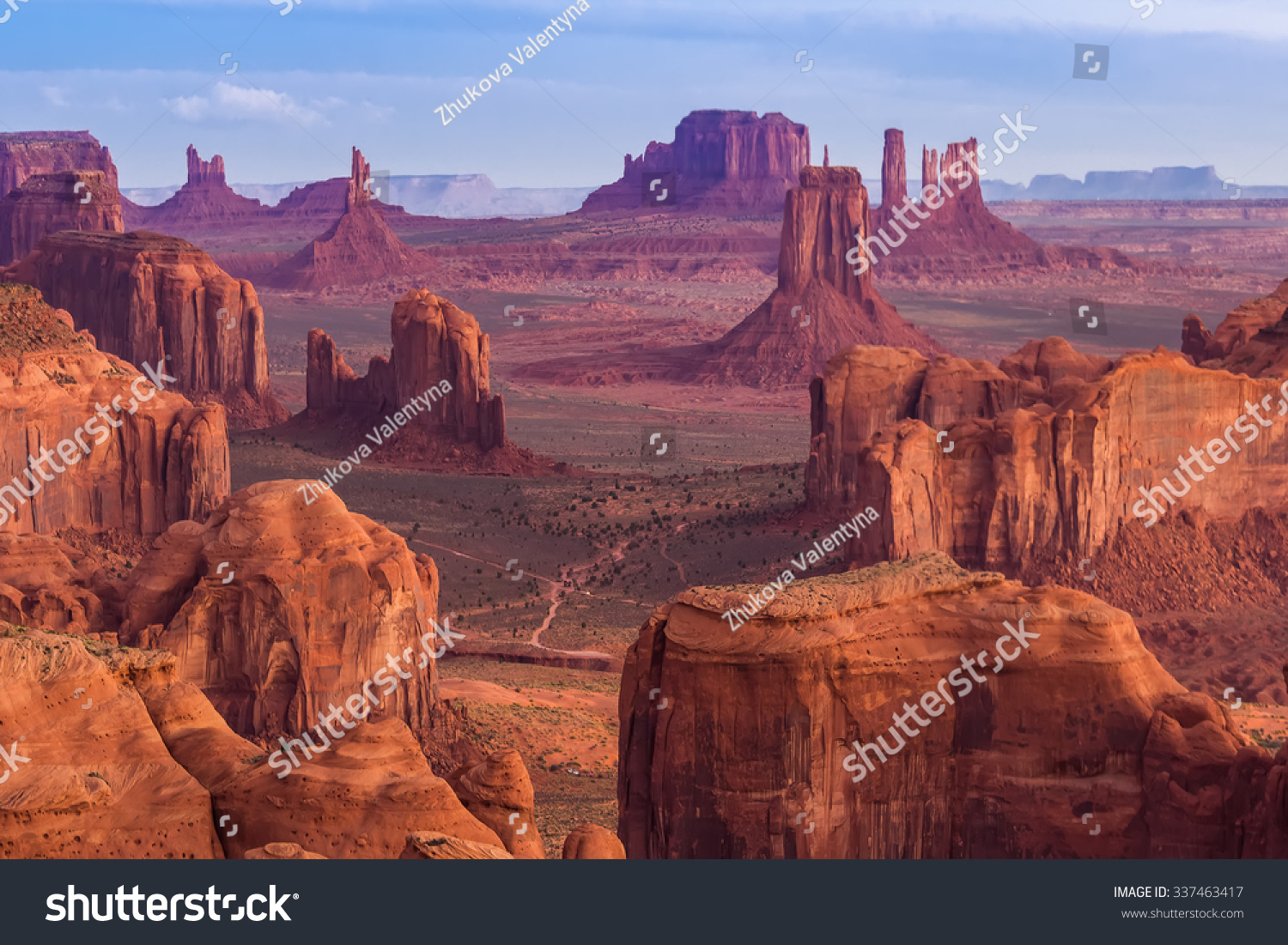 View from Hunts Mesa, Monument Valley, Arizona #337463417