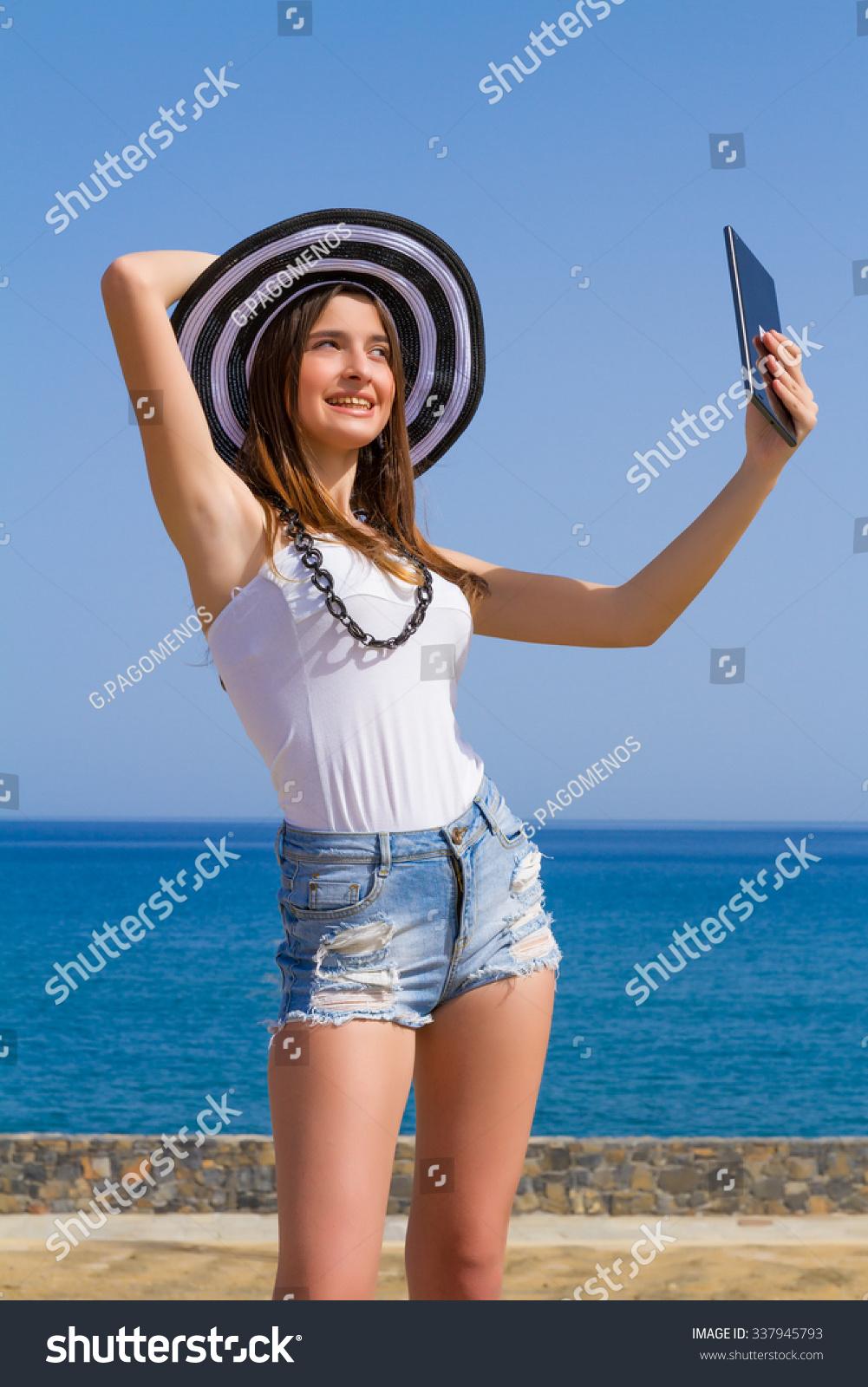 Short Curvy Brunette Teen