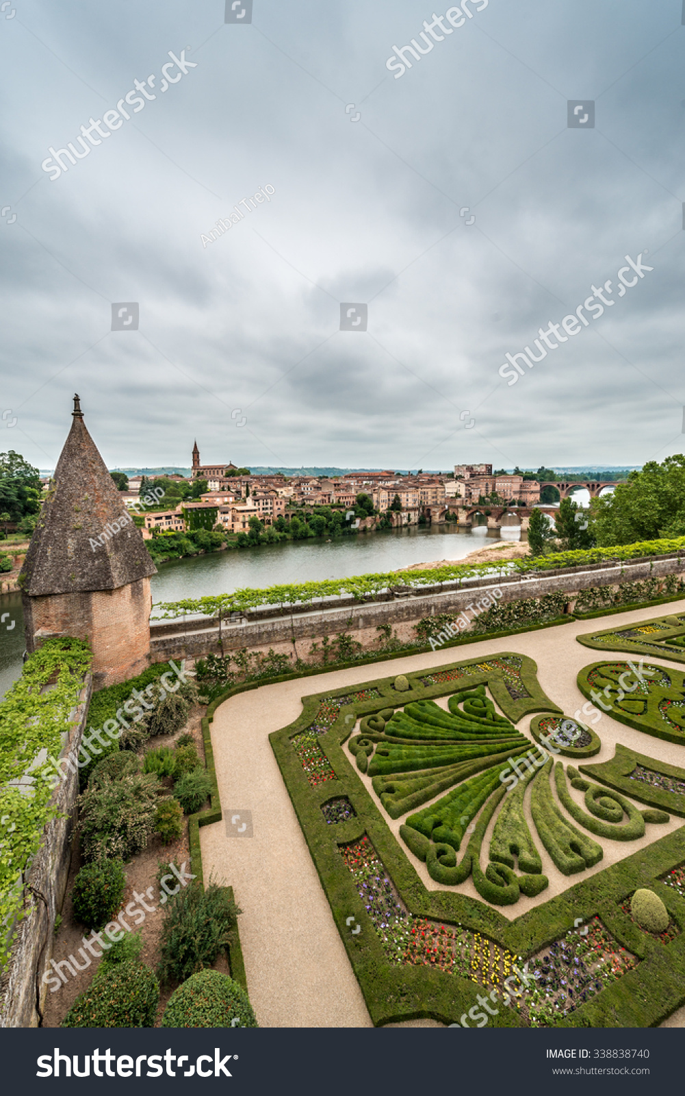Architecte Paysagiste Midi Pyrénées photo de stock de palais de la berbie albi tarn (modifier