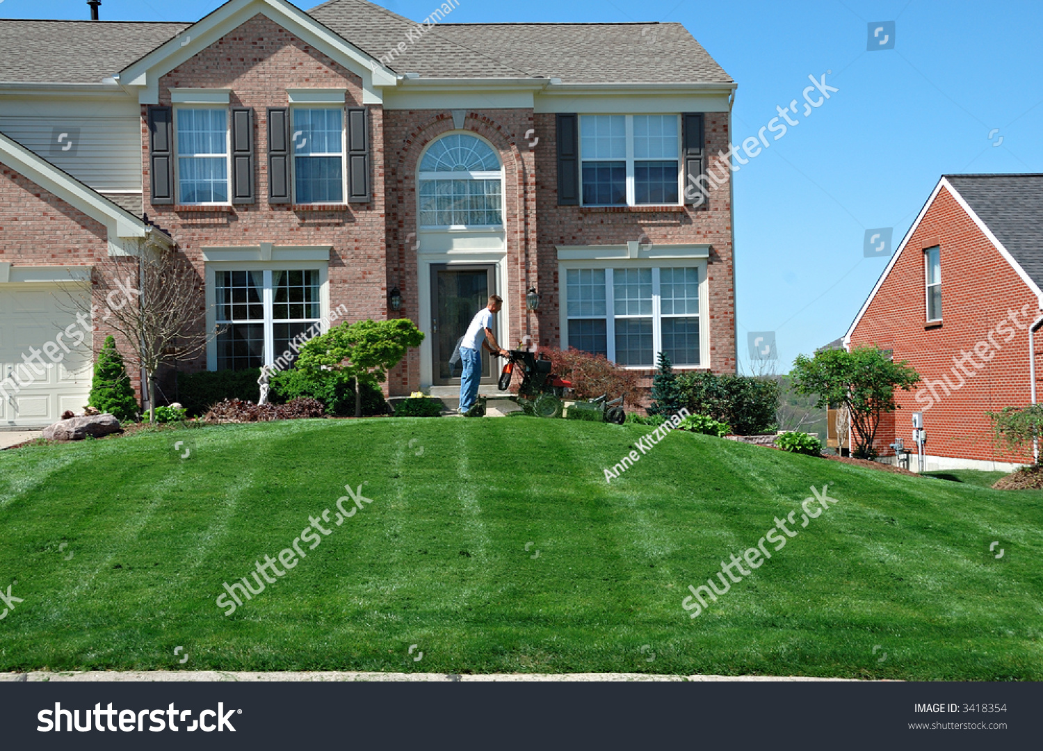 how to start a lawn care company