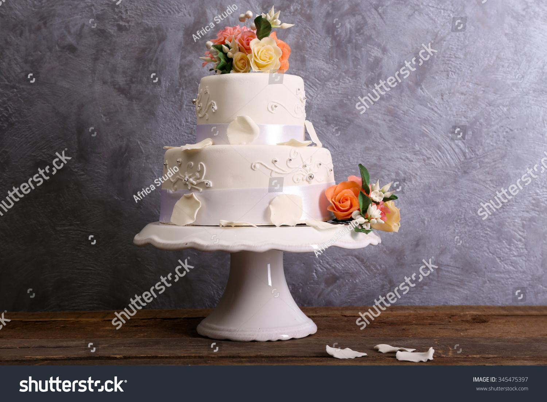 Shutterstock Wedding Cake