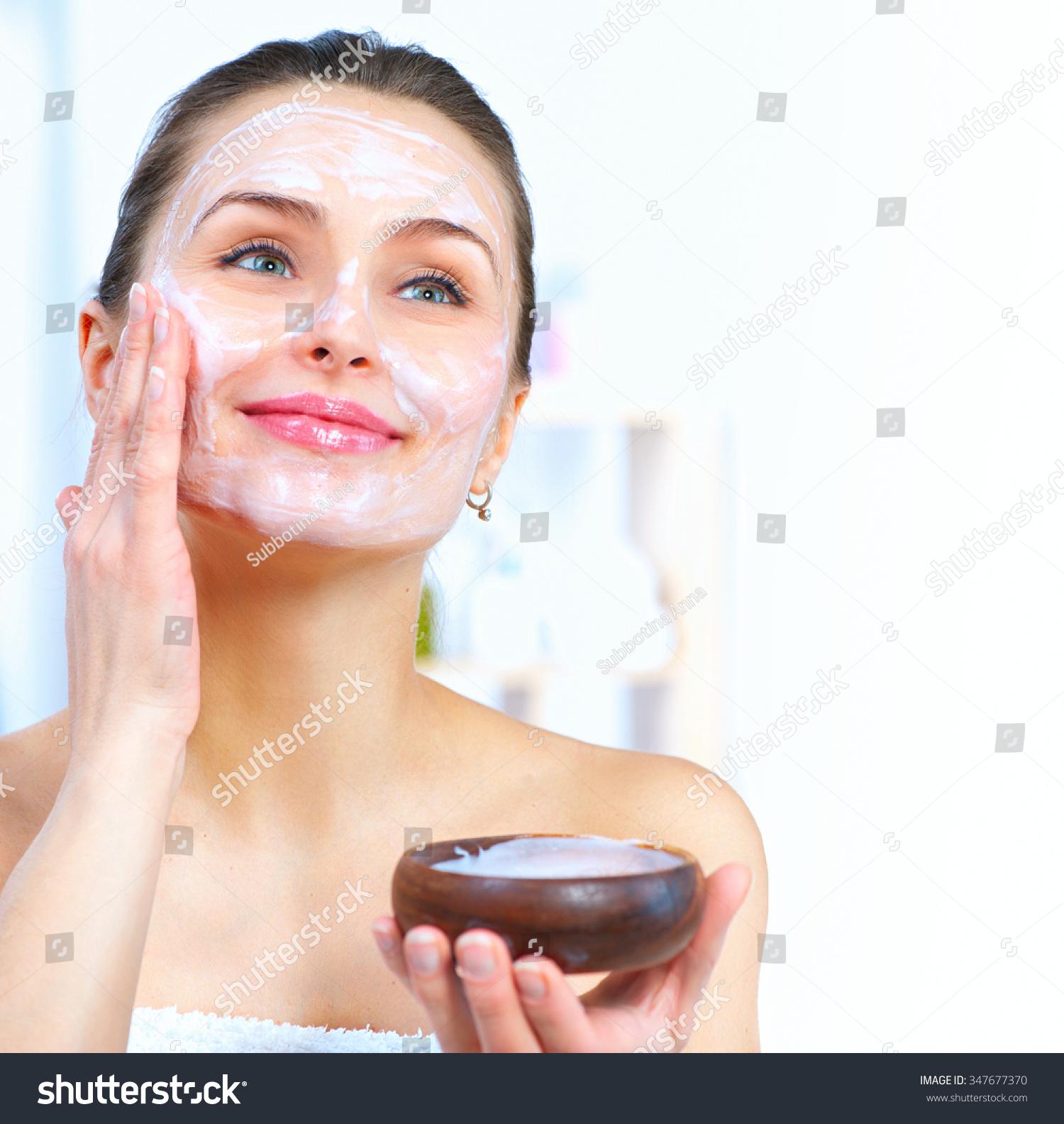 Маска для увядающей кожи лица и шеи в домашних условиях