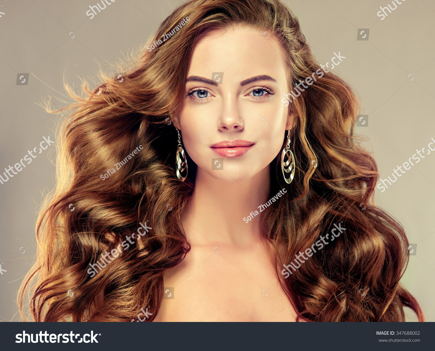Remarkable Beautiful Girl With Long Wavy Hair Brunette With Curly Hairstyle Hairstyle Inspiration Daily Dogsangcom